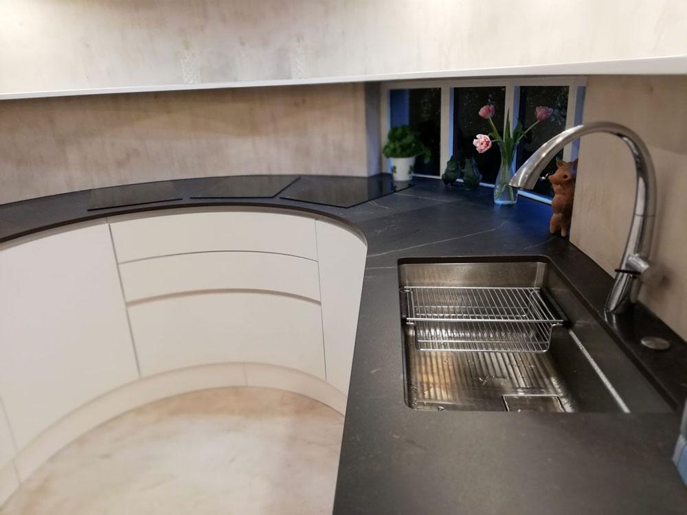 Rivestimento Piano Lavoro Cucina.Top Rivestimento Cucine Su Misura Varese Lavena Graniti